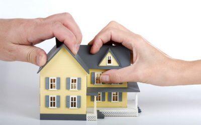 Дарственная на квартиру или на долю между близкими родственниками: оформление дарения, образец договора