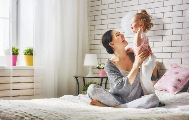 Ипотека для матери-одиночки: возможно ли взять ипотеку матери-одиночке без первоначального взноса или если она с одним ребенком, дадут ли в Сбербанке?