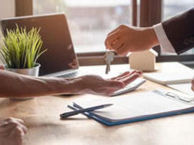 Договор аренды нежилого помещения на 11 месяцев с пролонгацией: образец с разъяснением, почему и как заключают соглашение с таким сроком действия без регистрации