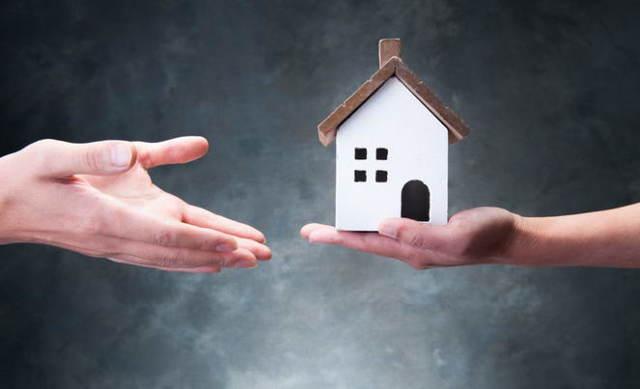 Квартира приватизирована на двоих: кто собственник и наследник, как приватизировать на троих?