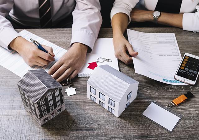 Ипотека для ИП: может ли быть поручителем физическое или юридическое лицо, на каких условиях дают данный кредит в Сбербанке, ВТБ 24 и Россельхозбанке на коммерческую недвижимость, а также можно ли взять заем без первоначального взноса?