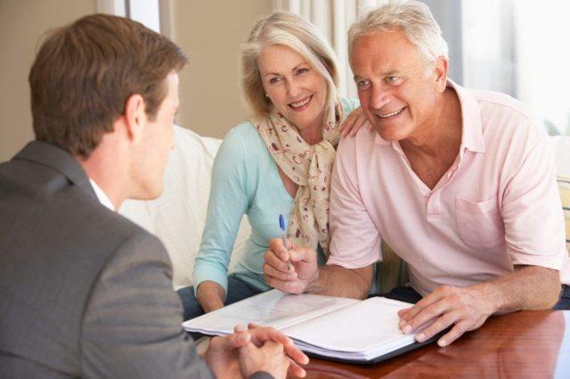 До какого возраста дают ипотеку на жилье и со скольки лет можно брать, взять и оформить кредит на квартиру?