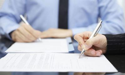 Договор купли-продажи нежилого помещения: образец, а также скачать варианты с земельным участком, предварительный с задатком, с рассрочкой платежа и обременением
