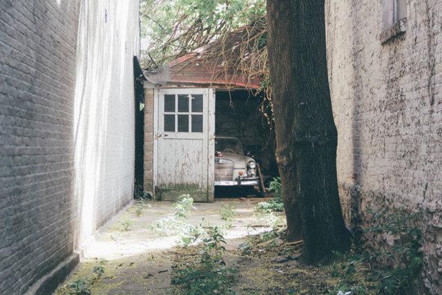 Земля под гаражом в гаражном кооперативе: что известно о сдаче её в аренду, как оформить в собственность территорию, в том числе если ГСК нет?